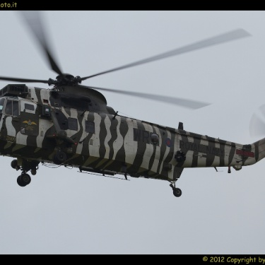 Royal International Air Tattoo 2012 - Friday Arrivals